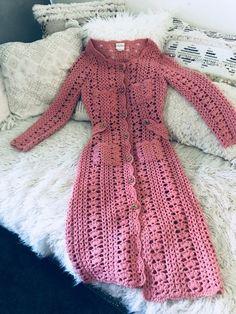 Crochet Coat, Crochet Jacket, Crochet Cardigan, Crochet Clothes, Hippie Chic, Boho Chic, Crochet Shell Pattern, Gilet Long, Style Boho