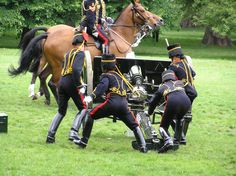 The King's Troop Royal Horse Artillery Troops, Soldiers, Royal Horse Artillery, British Army Uniform, Royal Life, Tall Boots, Beautiful Horses, Armed Forces, Leather Boots
