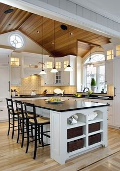 The Traditional Kitchen decor ideas will be able to meet the demand of you. If you want to add the beauty of your traditional home interior and want to enjoy the traditional home decor, then you can choose a design… Continue Reading → Küchen Design, Layout Design, House Design, Design Ideas, Tile Design, Interior Design, Beautiful Kitchens, Cool Kitchens, White Kitchens