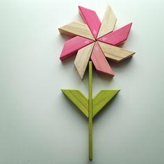 Tegu Blocks Flower