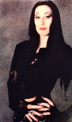 Anjelica Huston as Morticia Addams is everything ❤ Morticia Addams, Adams Family Morticia, Die Addams Family, The New Yorker, Anjelica Huston, Famous Monsters, Fantasy Movies, Post Punk, Halloween Costumes