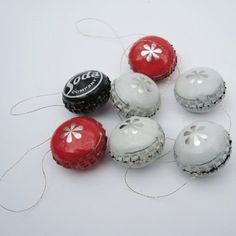 These bottle top decorations have a definite charm! 30 Cute Recycled DIY Christmas Crafts