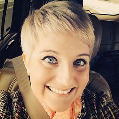 With this new 'do I'm feeling like Ellen Degeneres! Minus the whole giving away cars and checks to deserving families :) @theellenshow #ellen #pixiecut #hair #iwishiwasascoolasellen by theamandashow93 http://ift.tt/1exEVkp