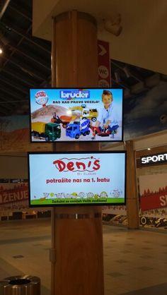 Digital signage shopping mall