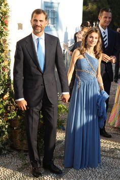 La Infanta Elena y Rosario Nadal se van de boda - Las fotos de la boda de Nicolás de Grecia y Tatiana Blatnik