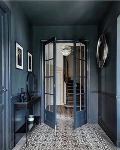 Dark hallway inspiration with tiled floorsYou can find The doors and more on our website.Dark hallway inspiration with tiled floors Interior Design Blogs, Blog Design, Diy Interior, Hall Interior, Interior Colors, Luxury Interior, Hallway Inspiration, Interior Inspiration, Dark Hallway