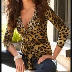 Boston Proper leopard print sweater Size XS rhinestones, beads and sequins embellish this neckline. Rayon/nylon Size XS *inside tags have been marked out*+ never worn without tags Boston Proper Sweaters Cardigans