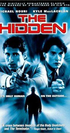 The Hidden (1987)- Un flic de Los Angeles, Tom Beck, à qui il est adjoint contre son gré un mystérieux agent du FBI, Lloyd Gallagher, enquête sur une série de crimes commis par d'honnêtes citoyens se tournant du jour au lendemain vers le mal. Beck découvre non seulement que l'ennemi n'est autre qu'un alien prenant possession des corps d'innocents pour perpétrer ses méfaits, mais en plus que son coéquipier du FBI est également un visiteur des étoiles.