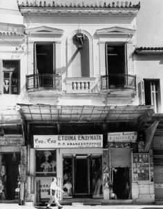 Greece Pictures, Old Pictures, Old Photos, Athens History, Greek History, Attica Athens, Athens Greece, Bauhaus, Greece House