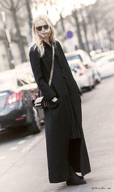 Long black coat, street style, Paris Fashion Week / Garance Doré