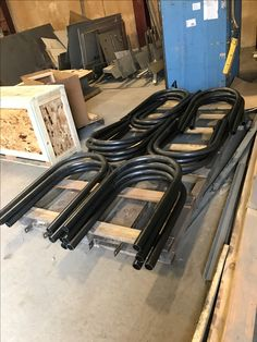 Rolled custom bike racks ready to ship out!  Our talented angle roll operators are able to tackle both small and large steel bending projects.  #Longero #bikerackbending #tubebending #tubesteelrolling #piperolling #pipebending   www.Longero.com