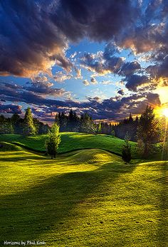 Country Strolling | Horizons by Phil Koch. Lives in Milwauk… | Flickr