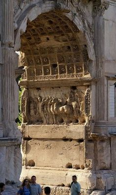 Arch of Titus, Rome, Italy | Flickr - Photo by HEN-Magonza