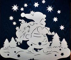 Weihnachtsmann - Filigranes Fensterbild aus Tonkarton-Winter -Weihnachten Paper Christmas Decorations, Christmas Art, Christmas Lights, Paper Lampshade, Diy And Crafts, Paper Crafts, Putz Houses, Paper Cutting, Origami