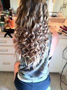 Perfect curls(: