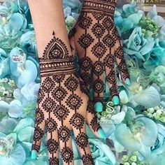 ❣️❣️🅢🅠🅤🅘🅢🅗🅗🅗❣️❣️ (@dpz_queen11) • Instagram photos and videos Black Patiala Suit, Simple Mehndi Designs, Easy Mehndi, Bug Out Bag Checklist, Survival Blanket, Bullion Coins, Zoom Call, Work Gloves, Tie The Knots