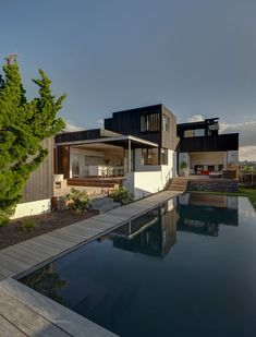 Sam Hartnett is a very talented architectural photographer from New Zealand. His photos are bre...