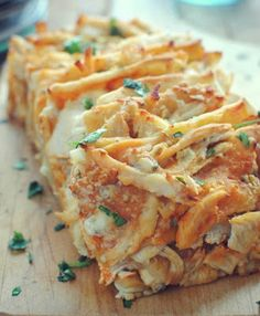 Buffalo Chicken Pull Apart Breac