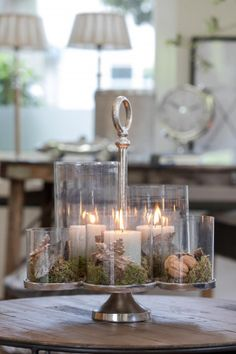 [New] The 10 Best Home Decor Ideas Today (with Pictures) - Another way to decorate our centerpiece. The candlelight next to the glass ensure a perfect evening. Large Candle Holders, Large Candles, Pillar Candles, Rivera Maison, Nature Crafts, Christmas Love, Handmade Furniture, Interior Decorating, Candles