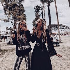 Discover ideas about best friends forever Bff Goals, Best Friend Goals, Divorce, Gal Pal, How To Pose, Best Friends Forever, Friend Photos, Girl Gang, Friend Pictures