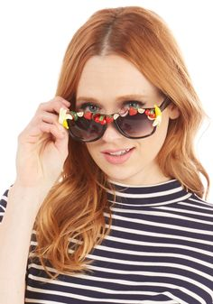 Flavor to Ask Sunglasses. Do us all a solid and sport these standout sunnies every waking moment! #multi #modcloth