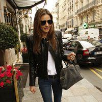 Lejos de Paris Fashion Week, Olivia Palermo, Miranda Kerr o Sarah Jessica Parker no abandonan sus looks Street Style.