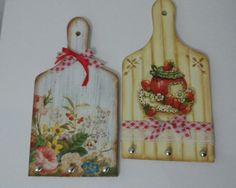 Porta chaves Wood Crafts, Diy Crafts, Decoupage Art, Wood Spoon, Xmas Gifts, Homemade Gifts, Anniversary Gifts, Arts And Crafts, Diy Projects