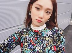 Image discovered by Tabi ♡. Find images and videos about korean model, korean actress and lee sung kyung on We Heart It - the app to get lost in what you love. Ulzzang Fashion, Ulzzang Girl, Korean Fashion, Lee Sung Kyung Makeup, Korean Beauty, Asian Beauty, Korean Makeup, K Pop, Asian Woman