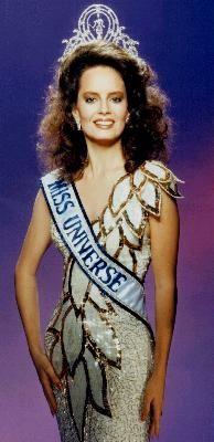 Cecilia Bolocco from Chile, Miss Universe 1987