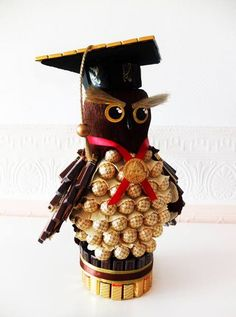 Chocolate Bouquet, Chocolate Art, How To Make Chocolate, Graduation Decorations, Candy Bouquet, Craft Business, Birthday Cakes, Crafts, Manualidades