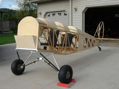 Tiger Moth Project - The Biplane Forum Kit Planes, Wooden Airplane, Seat Belt Harness, Tiger Moth, Experimental Aircraft, Model Airplanes, Wings, Rockets, Houses