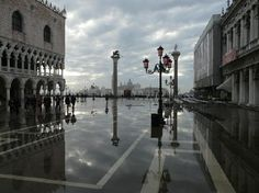 doge's palace in acque alte