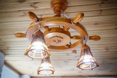 Nautical chandelier / wooden chandelier / sea Chandelier / Ceiling Light / Chandelier helm
