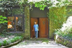 Underground house in Alabama, saving energy for 30 years By Rachel Davis The Daily Mountain Eagle