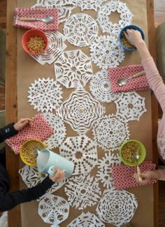 Cute DIY Table Runner:: Winter Table Runners