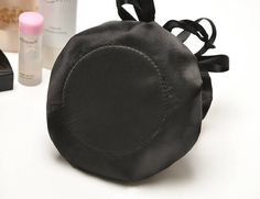 Fashion black satin ruffles inside stripe pattern travel makeup jewlery organizer drawstring folded cosmetic bag storage pouch
