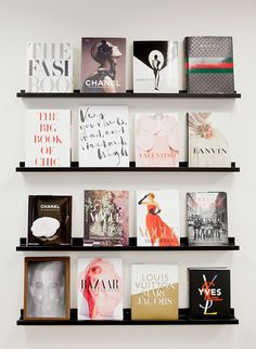 Le bureau de relations publiques de Michele Marie Bright & Bold Michele Marie PR NYC Office Tour – Inspired by This - Interior Decoration Accessories coffee tables Office Wall Art, Office Decor, Office Table, Office Ideas, Nyc Decor, Office Nook, Bureau D'art, Books Decor, Book And Coffee