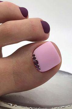 Gold Toe Nails, Acrylic Toe Nails, Camo Nails, Pretty Toe Nails, Cute Toe Nails, Feet Nails, Toe Nail Art, Neon Toe Nails, Purple Toe Nails