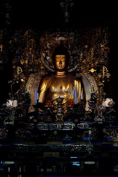 Buddha statue in Chion-in temple, Kyoto, Japan