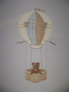 Hot air balloon / Teddy bear mural