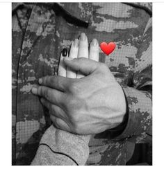 Military Couple Pictures, Military Couples, Cute Muslim Couples, Military Love, Cute Couples Goals, Cute Song Lyrics, Cute Songs, Army Wedding, Calligraphy Quotes Love