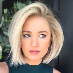Adorable Blonde Bob Haircuts and Hairstyles for Women 2019 Bob Hairstyles sexy bob hairstyles Medium Hair Styles, Curly Hair Styles, Hair Medium, Short Bob Styles, Bun Styles, Cute Bob Haircuts, Medium Bob Haircuts, Short Layered Haircuts, Bob Haircuts For Women