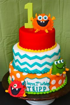 Little Monster cake - so many great details to this monster party! Little Monster Birthday, Monster 1st Birthdays, Monster Birthday Parties, Baby Boy 1st Birthday, Birthday Fun, First Birthday Parties, Birthday Party Themes, First Birthdays, Birthday Ideas