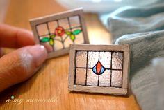 Puppenhaus schäbig gebeizt Glasfenster - rot Olive