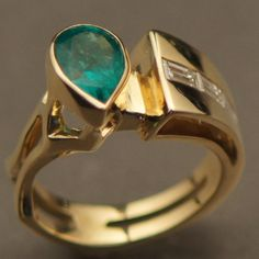 For Sale  2.05 Ct Emerald And Diamond Ring