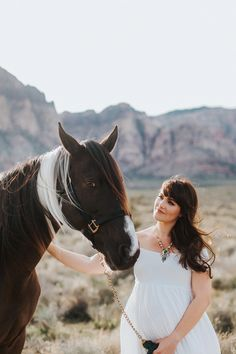 Maternity photo outfit inspiration (minus the horse)