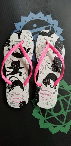 56bf511777295 Havaianas Slim Pets white   shocking pink Flip Flops 💗
