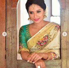 Half Saree Designs, Saree Blouse Designs, Set Saree, Hand Painted Sarees, Kerala Saree, Wedding Sarees, Elegant Saree, Fabric Painting, Traditional Design