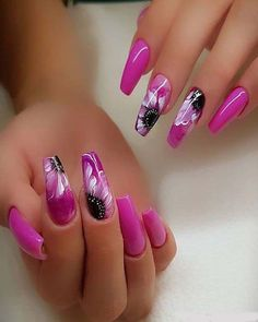 Find Here the Modern Nail Art Styles with Stylish + - Nageltypen Beautiful Nail Art, Gorgeous Nails, Pretty Nails, Pink Black Nails, Black Nail Art, Hot Nails, Hair And Nails, Modern Nails, Manicure E Pedicure