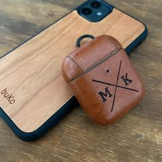 Personalised AirPods & AirPods Pro Cases now available! Choose one of our designs or send us your own design or logo and we can make a custom case for you 🔨 WORLDWIDE SHIPPING Airpods Pro, Bamboo Cutting Board, Objects, Cases, Logo, How To Make, Beauty, Instagram, Design